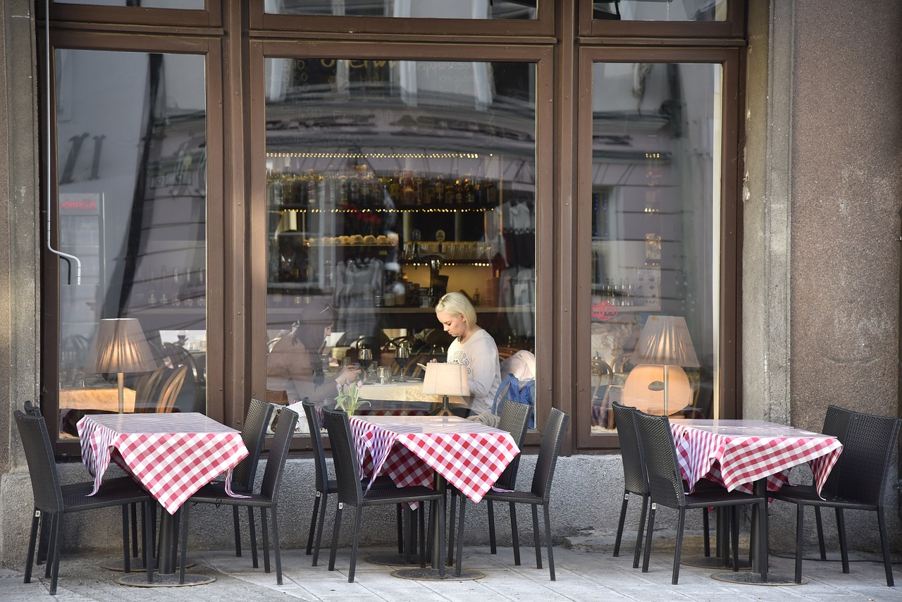 Rot-Grün unterstützt lokalen Einzelhandel und Gastronomie