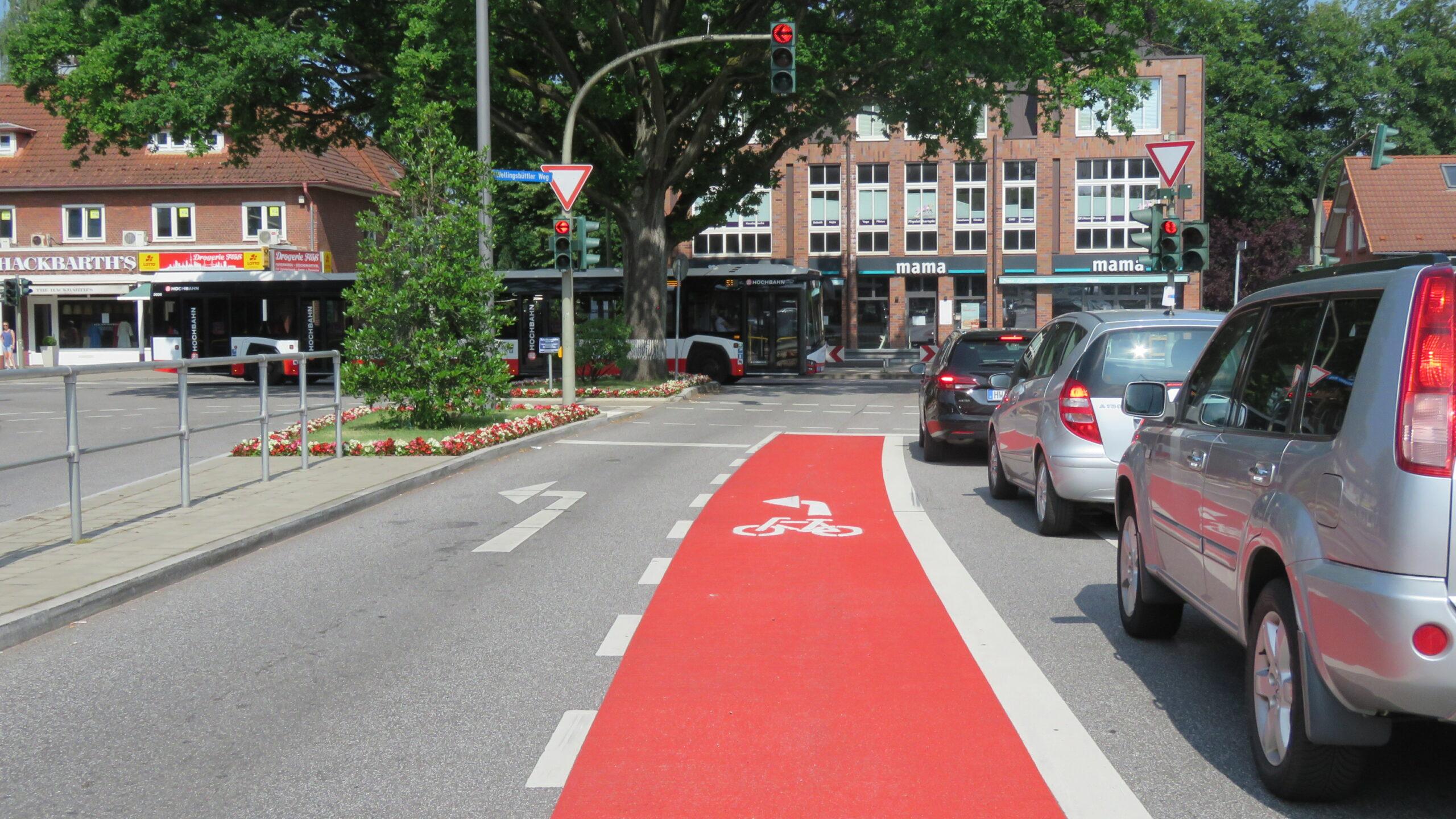 Rot gefärbte Radfahrstreifen sorgen für mehr Sicherheit
